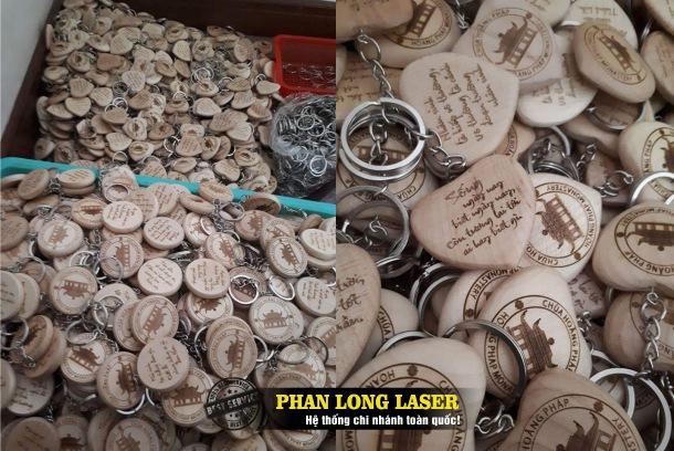 Bán buôn, bán sỉ, bán lẻ các sản phẩm móc khóa gỗ khắc laser tại Tphcm Sài Gòn, Đà Nẵng, Hà Nội và Cần Thơ